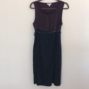 Belted maternity dress with pockets
